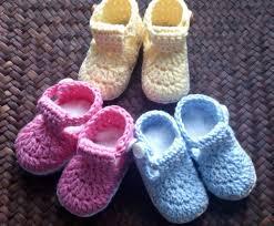 cómo hacer botas de bebé a crochet