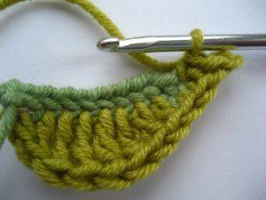 como hacer flores a crochet faciles-39