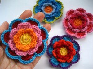 como hacer flores a crochet faciles-41